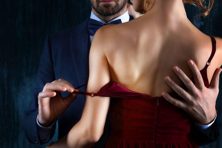 Wie man sich mit einer verheirateten Frau verabredet: Tipps findest du hier