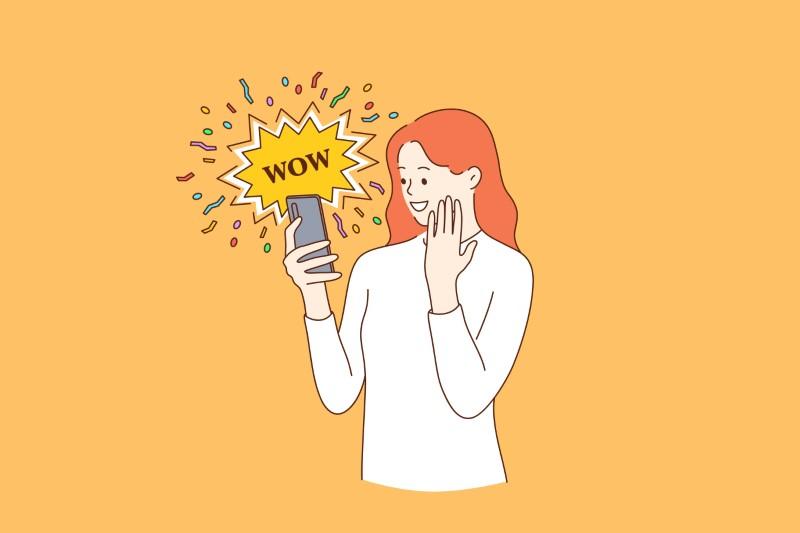 """Illustration einer Frau, die auf ihr Telefon schaut und """"wow"""" sagt"""